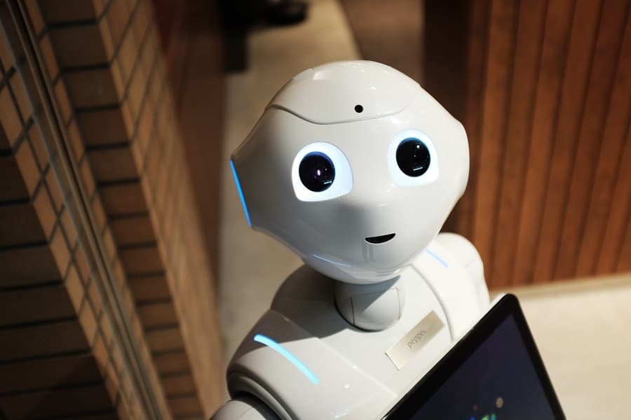 How Do Chatbots Influence the Future of Content Marketing