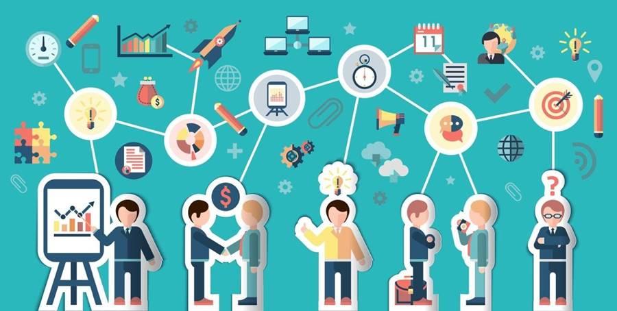 Custom Software Development Outstaffing vs. Outsourcing