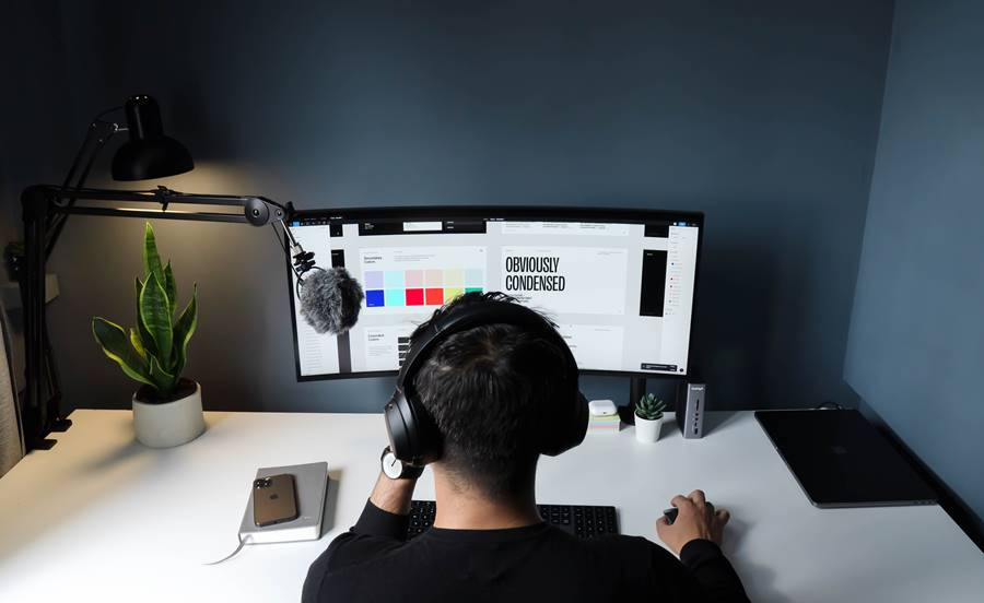 Steps to Pitch Your Design When You're a Freelancer