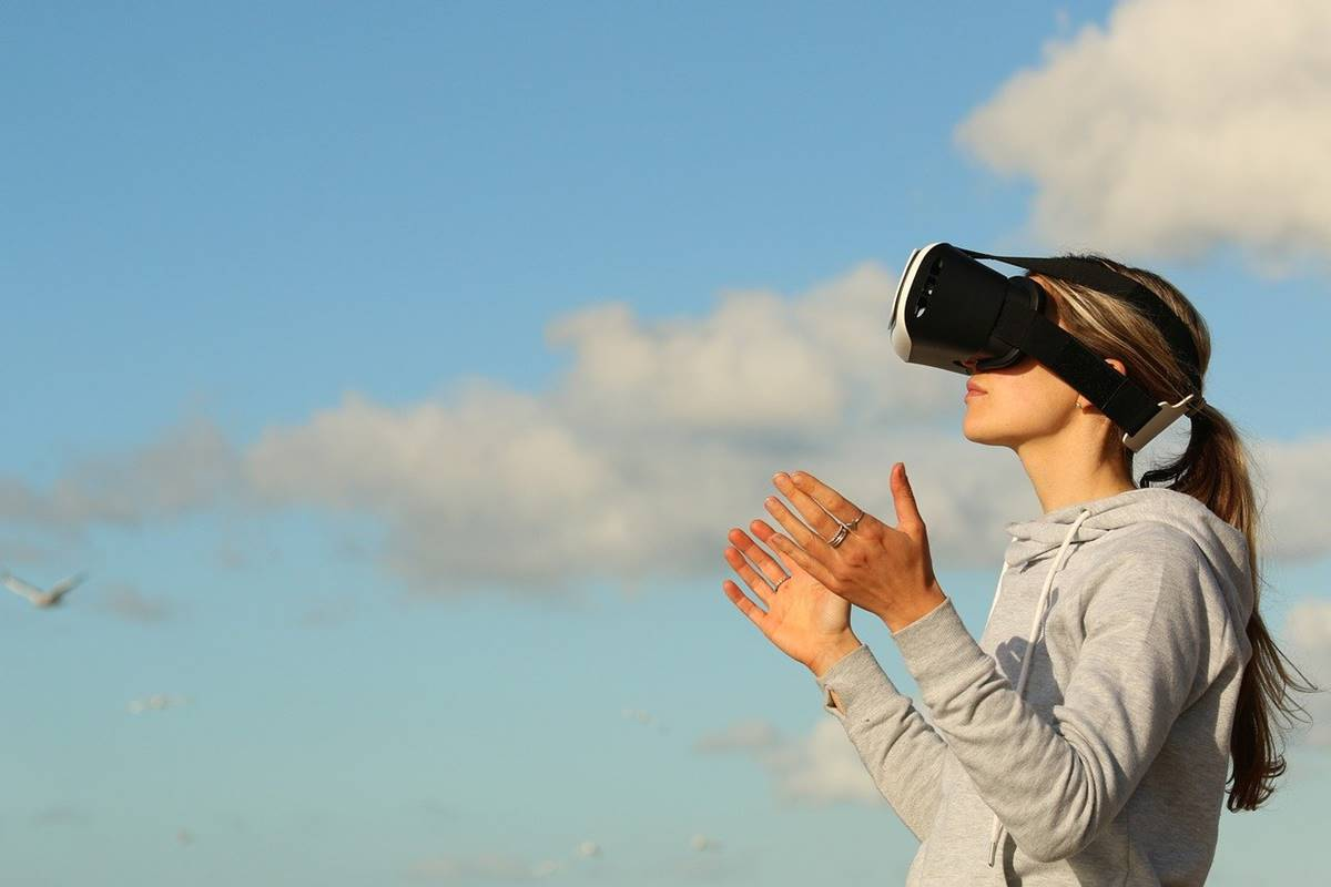 5 Ways Augmented Reality (AR) Is Revamping Digital Marketing